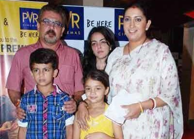 Smriti Irani Family Pics, Husband, Son, Daughter, Father, Biography