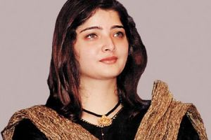 Vasundhara Das Family Photos, Husband, Son, Father, Age, Height, Bio