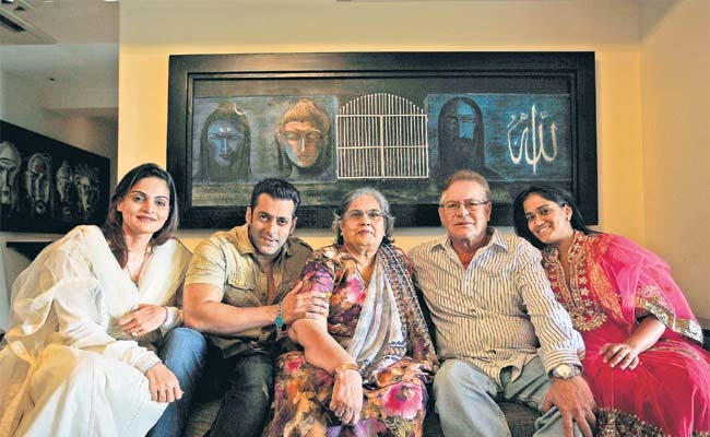 Arpita Khan Family Photos, Husband, Son, Height