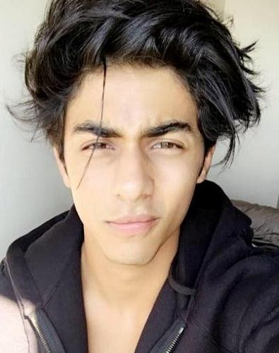 Aryan Khan Family Photos, Father, Mother, Sister, Girlfriend, Age, Height, Bio