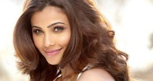Daisy Shah Family Photos, Father, Mother, Husband, Age, Height, Net Worth