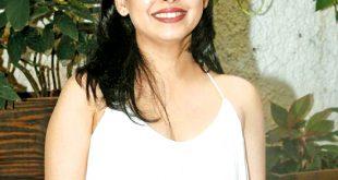 Deepti Talpade Family Photos, Husband, Son, Father, Mother, Age, Height, Bio