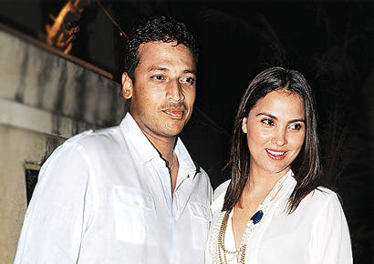 Mahesh Bhupathi Family Photos, Wife, Daughter, Father, Age, Height, Bio