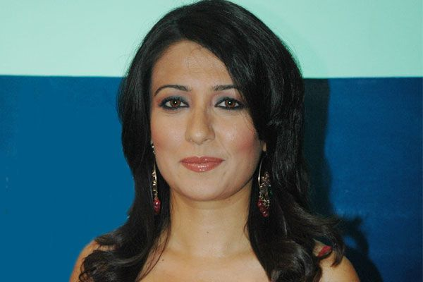 Mini Mathur Family Photos, Husband, Age, Height, Biography