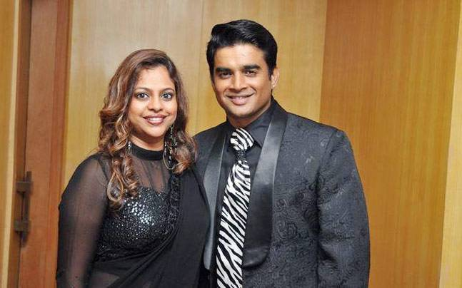 R Madhavan Family Photos, Wife, Son, Mother, Age, Height, Net Worth