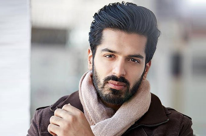 Rohan Gandotra Family Photos, Wife, Father, Mother, Age, Height, Bio