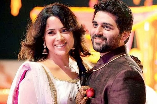 Sameera Reddy Family Photos, Husband, Father, Son, Age, Height, Bio