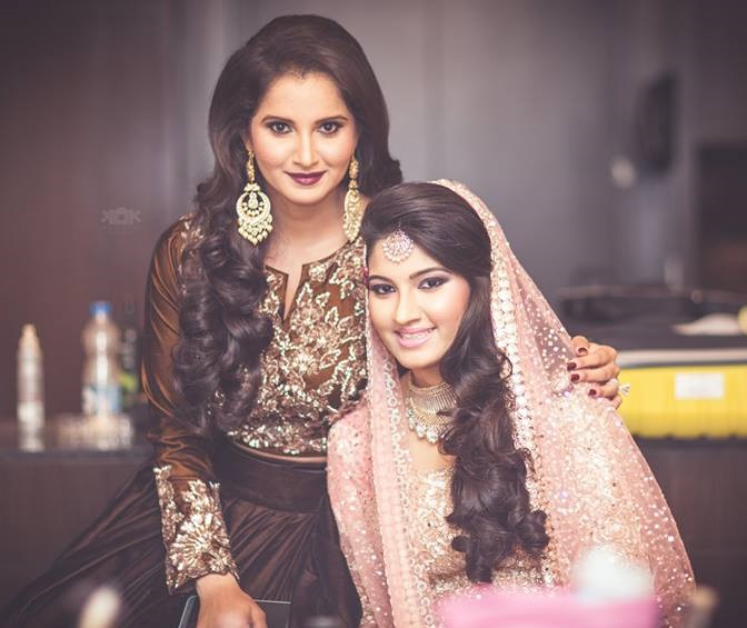 Sania Mirza Family Photos, Husband, Mother, Sister, Age, Height, Salary