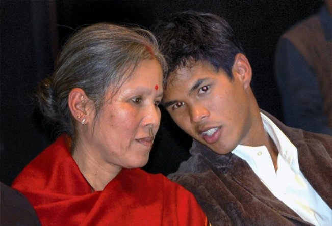 Somdev Devvarman Family Photos, Wife, Father, Mother, Age, Bio