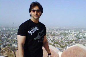 Vineet Raina Family Photos, Wife, Father, Mother, Age, Height, Bio