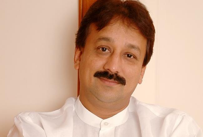 Who Is Baba Siddique Wife, Son, Daughter Business, Age Net Worth